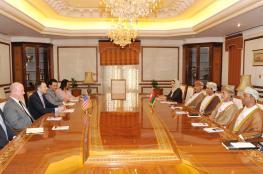 مناقشة العلاقات العمانية الأمريكية