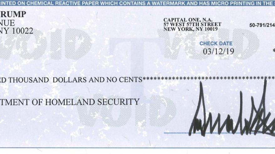 ترامب يقرر التبرع براتبه السنوي