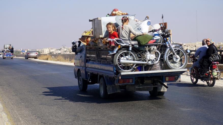 30 ألفا بلا مأوى هربا من معركة استعادة إدلب