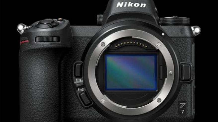 Nikon-Z6-Z7-mirrorless-camera-1477909