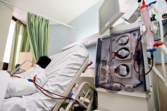 """عقبات وقصور واحتياجات ضرورية في """"مراكز الكلى"""" بشمال الباطنة.. و286 مريضا يعالجون في 3 وحدات"""