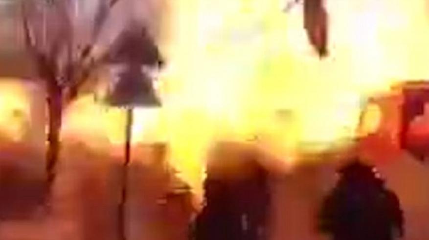 بالفيديو.. داعشيا يفجر نفسه بالخطأ