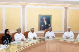 مناقشة الهيكل التنظيمي لكلية عمان للعلوم الصحية والمعهد العالى للتخصصات الصحية