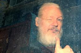 """تبرئة مؤسس """"ويكيليكس"""" من تهمة الاغتصاب"""