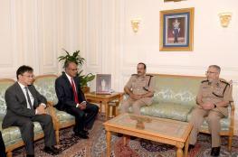 الشريقي يستقبل وزير الداخلية السنغافوري