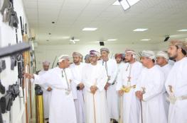 افتتاح معرض متحف قوات السلطان المسلحة بمركز البلدية الترفيهي