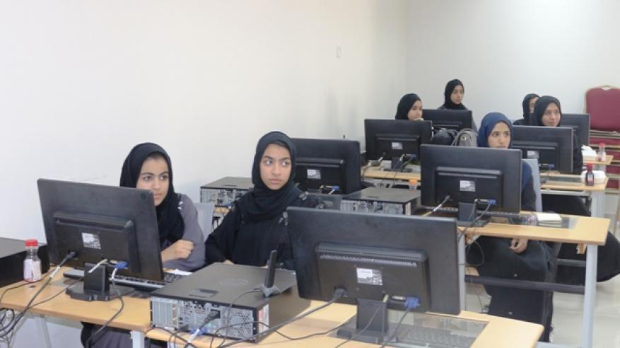 الطالبات المشاركات