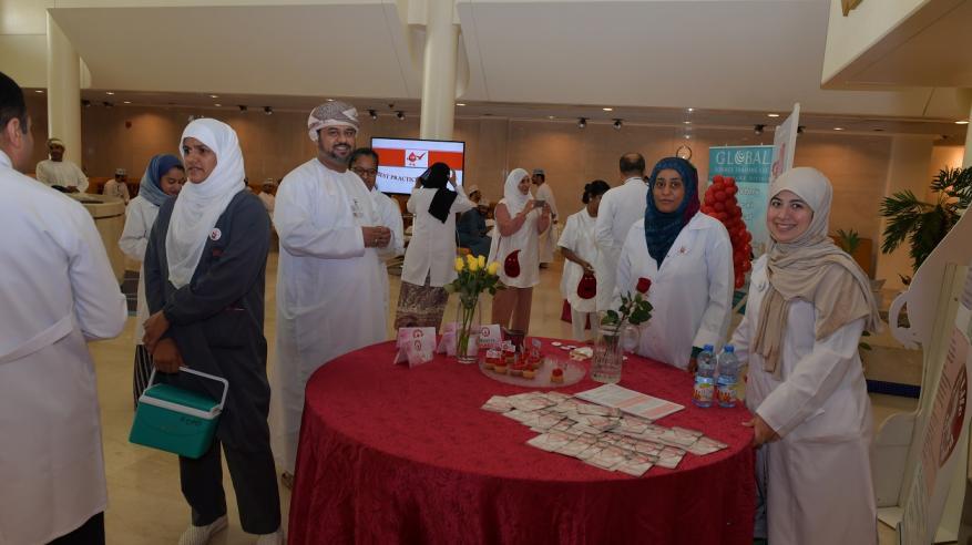 فعالية توعوية حول نقل الدم بالمستشفى السلطاني