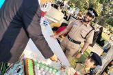 مرور صحار تشارك في احتفالية بمدرسة الصفوة الخاصة
