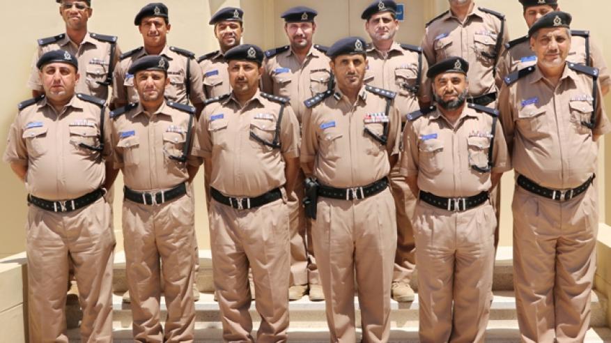 قيادة شرطة محافظة الوسطى تختتم دورتين تدريبيتين