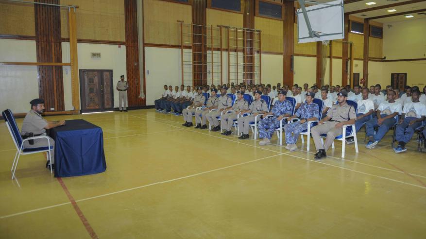افتتاح البرنامج التدريبي لفصائل المستجدين بأكاديمية الشرطة