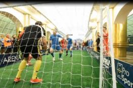 بالفيديو.. شاهد أول مباراة لكرة القدم في محطة المترو