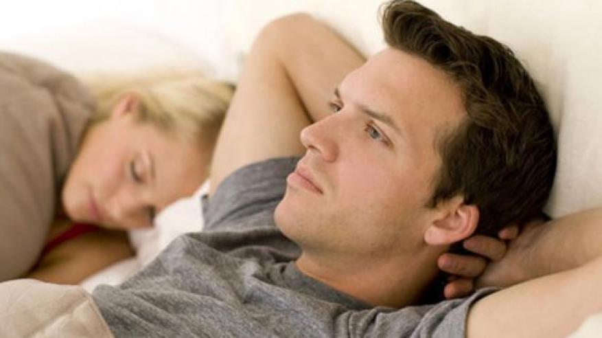 سر العلاقة بين انخفاض خصوبة الرجال والإفراط في مشاهدة التلفاز