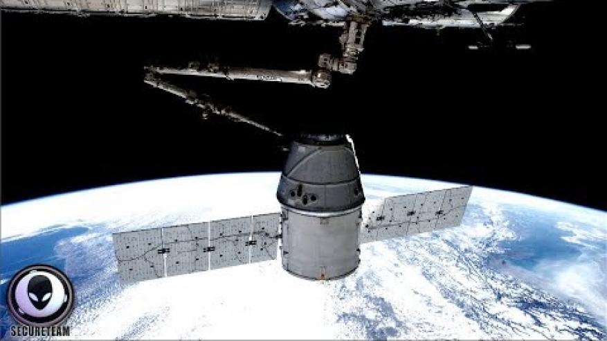 بالفيديو.. كائنات فضائية تستولي على محطة فضاء