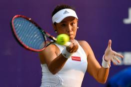 الصينية وانج تحرز لقبها الأول في التنس بعد انسحاب تشينج