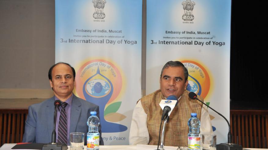 السفارة الهندية بمسقط تحتفل باليوم الدولي الثالث لليوغا في يونيو