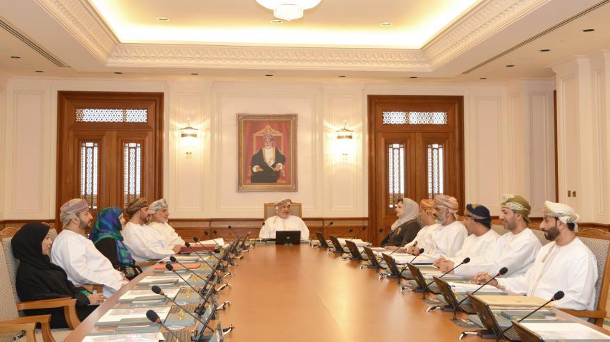 """رئيس مجلس الدولة ينوه بالدعم السامي لمسيرة الشورى.. و""""المكتب"""" يناقش عددا من الدراسات والمقترحات"""