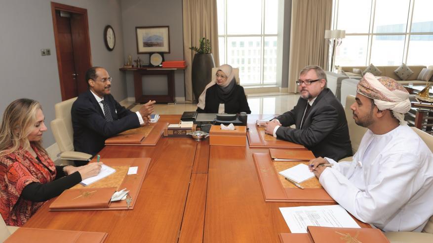 مناقشة التعاون بين السلطنة وأمريكا في مجالات التعليم العالي