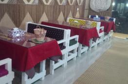 """""""جولة وعسل"""" يقدم لزبائنه مختلف أنواع المأكولات العمانية في ديكور تراثي مميز"""