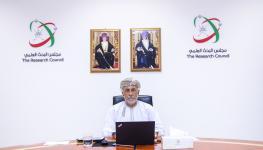 صاحب السمو السيد شهاب بن طارق يترأس اجتماع هيئة المجلس لهذا اليوم (2).jpg