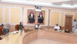 وزير الصحة يوم المرأة منى بنت فهد (1).JPG