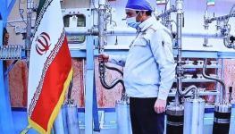إيران صاروخ.jpg