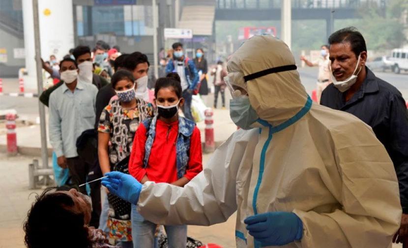 الهند تسجل أكثر من 300 ألف إصابة بكورونا لليوم الثاني عشر
