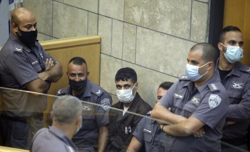 الأسير الفلسطيني محمود العارضة يكشف تفاصيل الهروب وإعادة الاعتقال