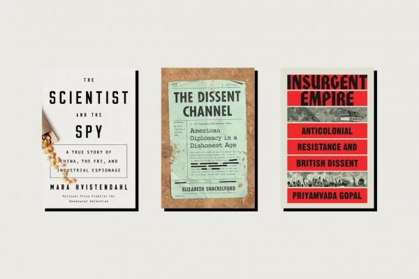 """ثلاثة كتب حديثة جديرة بالقراءة هي""""العالِم والجاسوس"""" و""""قناة الاعتراض"""" و""""إمبراطورية متمردة"""""""