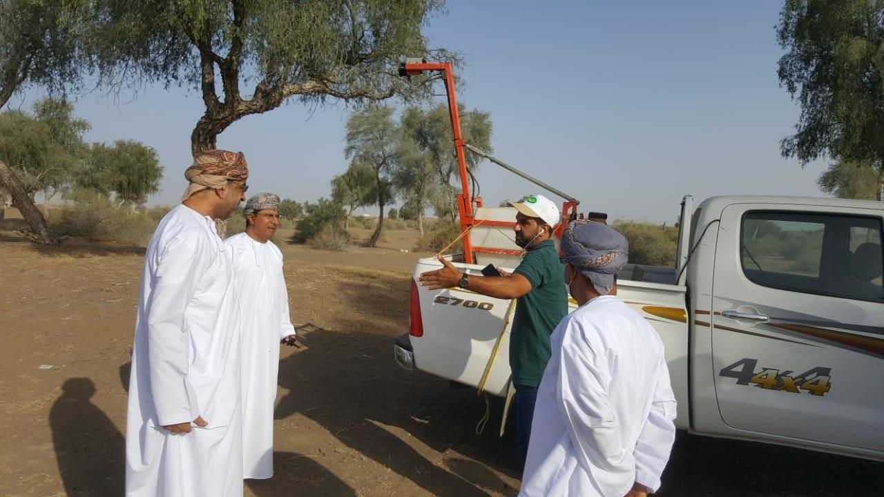 وزير الزراعة الجراد الصحراوي  (1).jpg