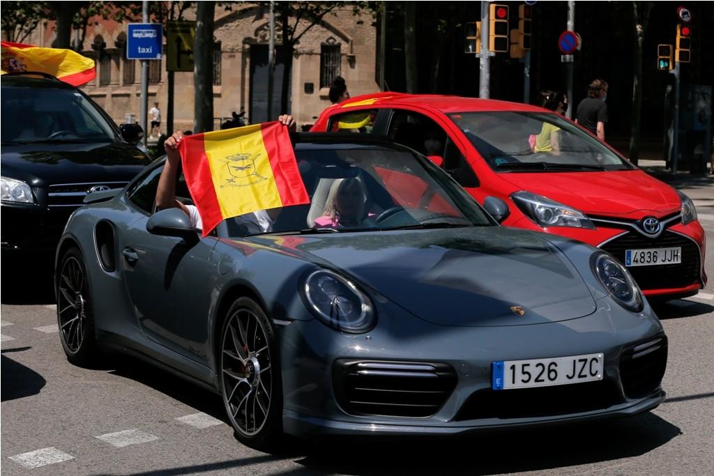 إسبانيا كورونا مظاهرات (6).jpg